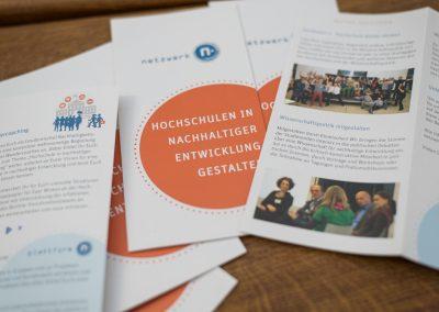 Suffiziente Hochschulen im ländlichen Raum: Beispiele des Gelingens aus Lehre, Betrieb & Campusleben sowie Governance